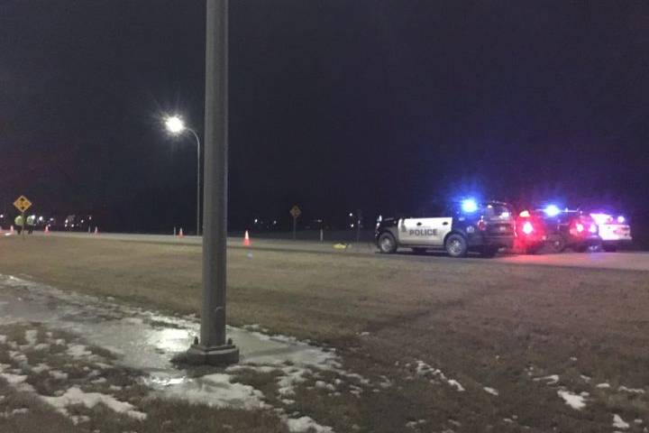 1 person dead after pickup truck crash on Edmonton ring road
