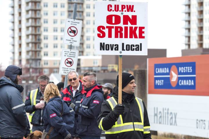 Canada Post union threatening members if they accept overtime during strikes