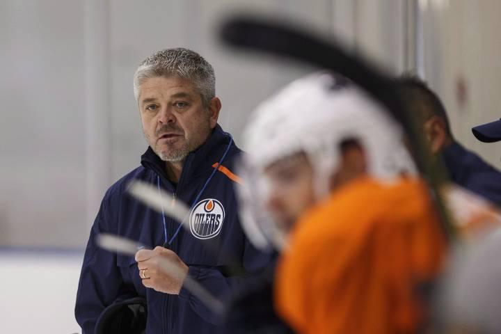 Edmonton Oilers fire head coach Todd McLellan, hire Ken Hitchcock