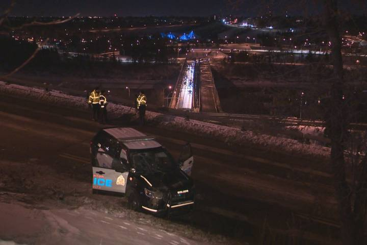 2 Edmonton police officers injured after vehicle rolls down embankment during pursuit