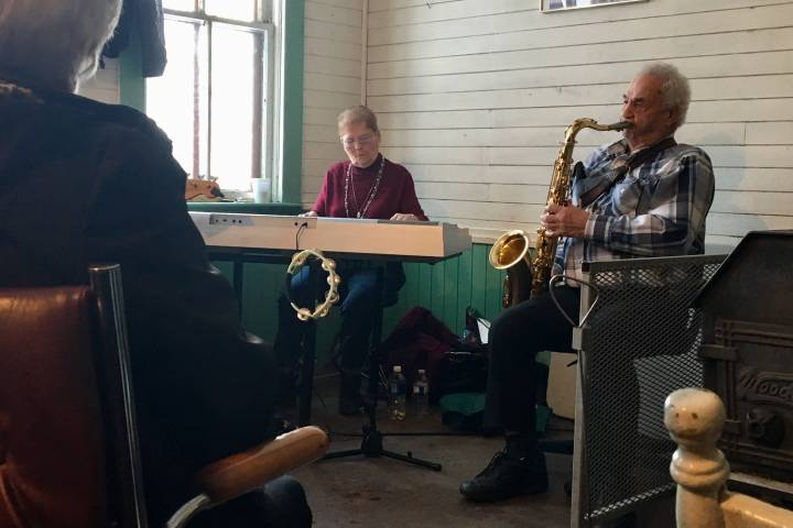 Central Alberta saxophone player marks decades of entertaining crowds