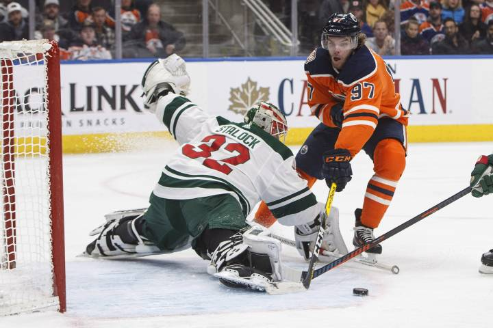 Edmonton Oilers strike early and late to whip Wild