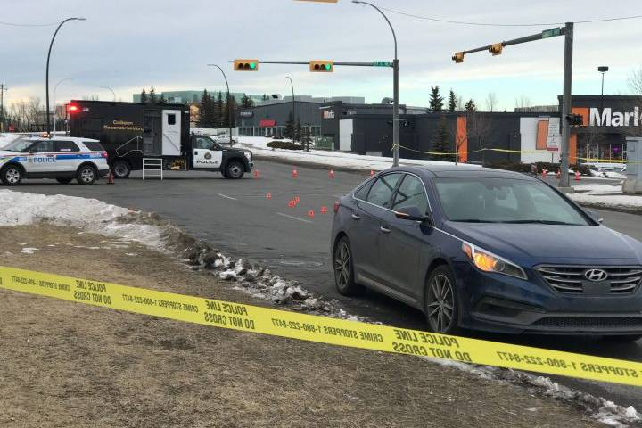Pedestrian in serious condition after being struck by vehicle in northeast Calgary