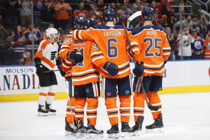 Three points for Connor McDavid as Edmonton Oilers flatten Flyers