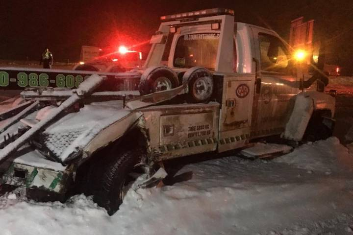 Tow truck drivers struck, injured during massive Edmonton snowfall: 'This is our nightmare'