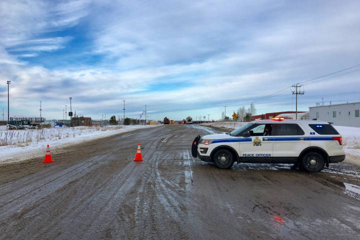 1 person killed in Strathcona County New Year's Day collision involving train