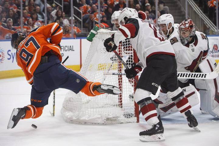 Lack of offence plagues Edmonton Oilers again in loss to Coyotes