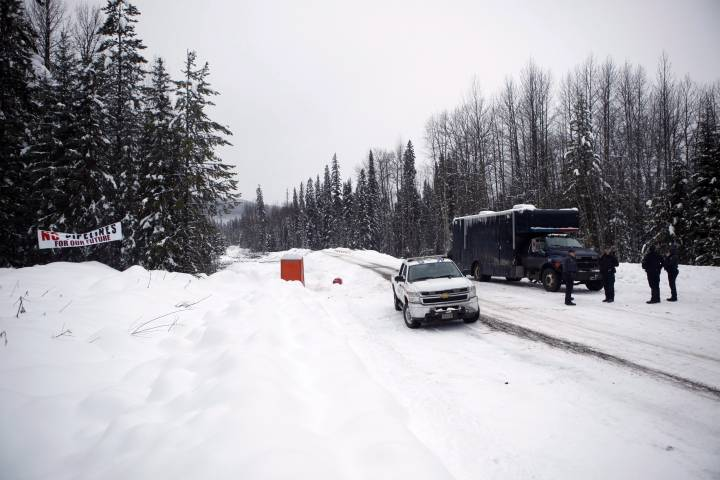RCMP lift northern B.C. pipeline blockade, allowing construction to begin again