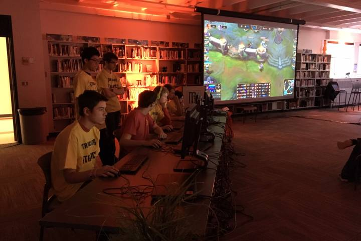 Traditional sports take a backseat at Edmonton eSports tournament