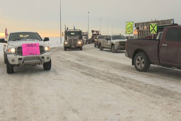 'We're peaceful': Trucks loop Anthony Henday; yellow vest group plans for convoy to Ottawa
