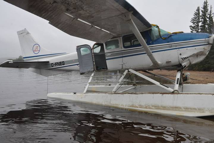3 passengers drowned after Cessna door design slowed exit in NWT plane crash: TSB