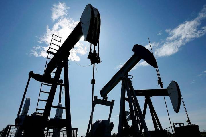Alberta government to ease oil production cut again, cites lower storage levels