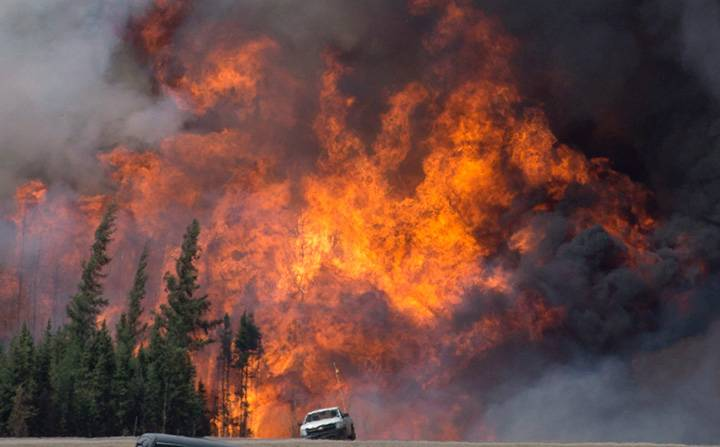 Climate change report warns of more extreme weather events in Alberta