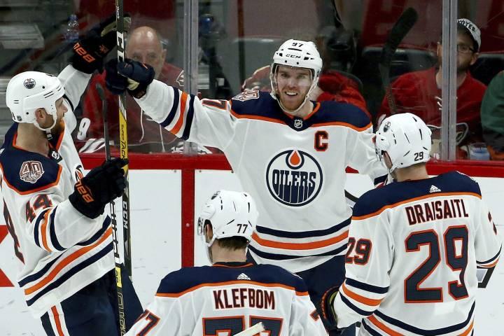 Edmonton Oilers captain Connor McDavid named Hart Memorial Trophy Finalist