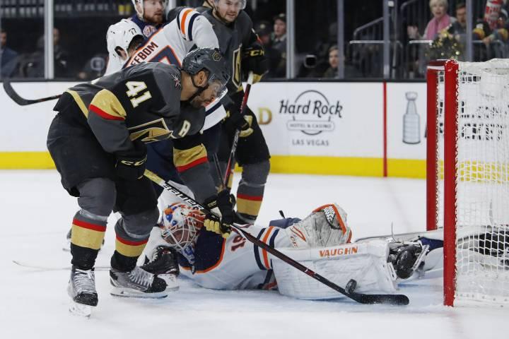 Edmonton Oilers lose in Vegas as playoff hopes die