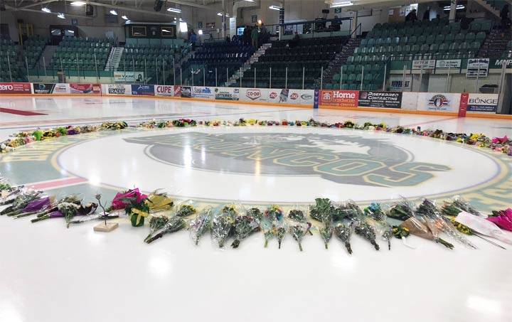 Grief and sadness an obstacle for many after Humboldt Broncos crash