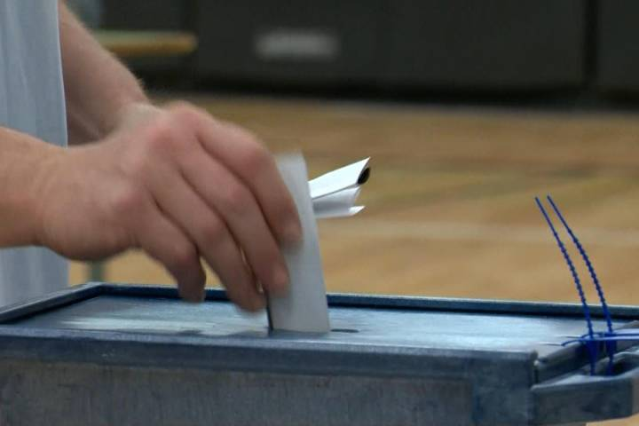 Record-breaking number of votes cast at Alberta election advance polls