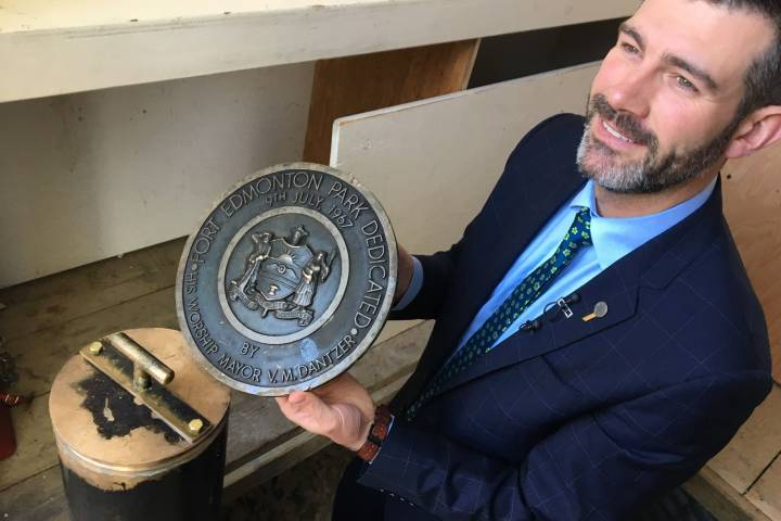 Fort Edmonton Park 1967 centennial time capsule opened: 'It's a connection to our past'