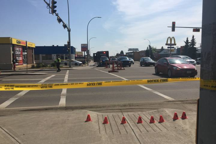 Police investigating after cyclist struck on Whyte Avenue Saturday morning