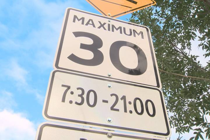 City administration recommends status quo on playground zone hours in Edmonton