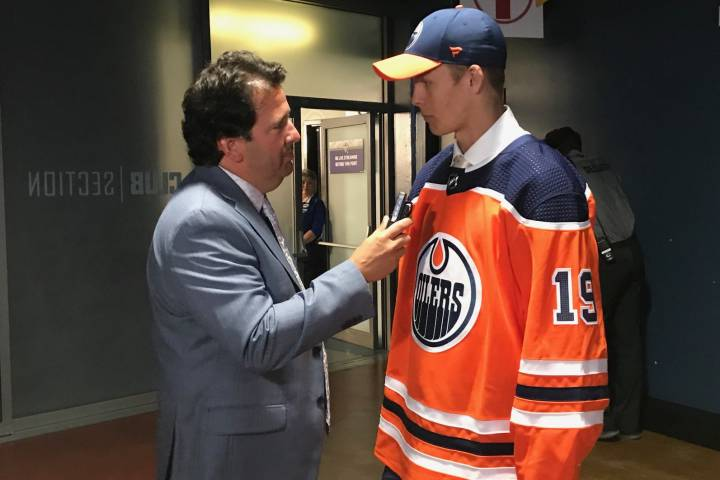 Edmonton Oilers select Philip Broberg 8th overall at NHL Draft