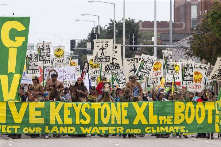 Keystone XL pipeline opponents again seek to block construction