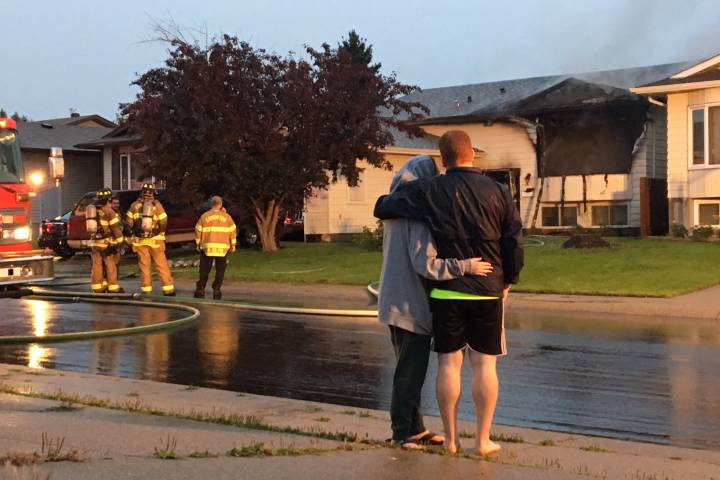 2 Mill Woods homes damaged by fire Friday morning