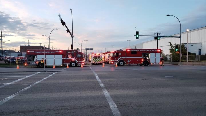 Firefighters respond to ammonia leak at northeast Edmonton storage facility