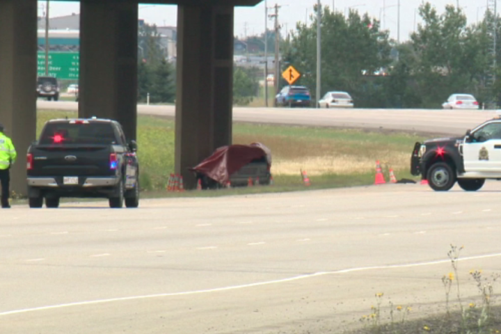 One dead in Sunday crash in south Edmonton