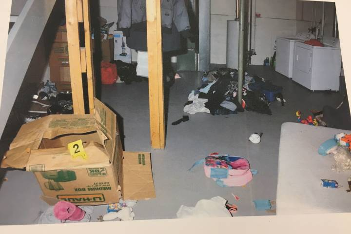 2 mothers plead guilty to abuse, confinement of little girls in Edmonton basement