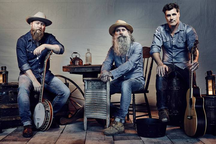 The Washboard Union wins Best Group/Duo at CCMAs for 2nd year in a row