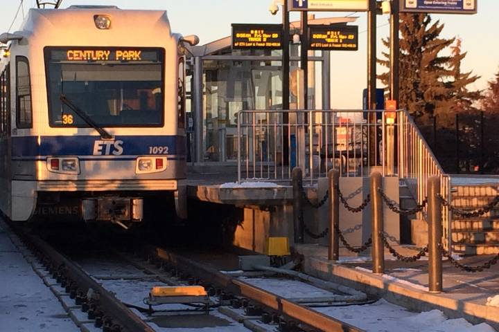 Edmonton councillor wants free transit on election day