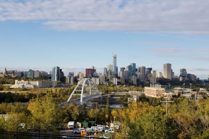 68% of Edmontonians believe transition to green energy will lead to job opportunities: survey