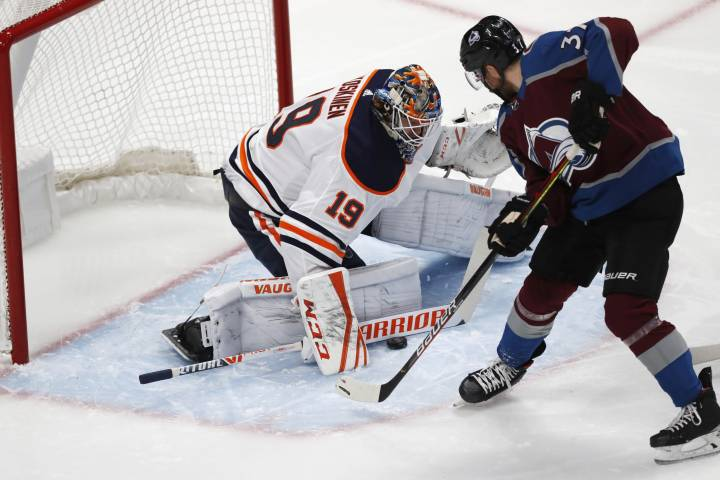 Avalanche break out in third to topple Edmonton Oilers
