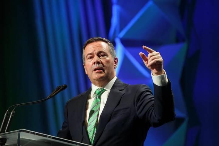 Premier Jason Kenney returns to Alberta amid Bill 22 controversy