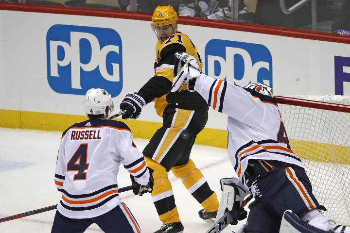 Smith saves, Draisaitl scores as Edmonton Oilers steal one from Penguins