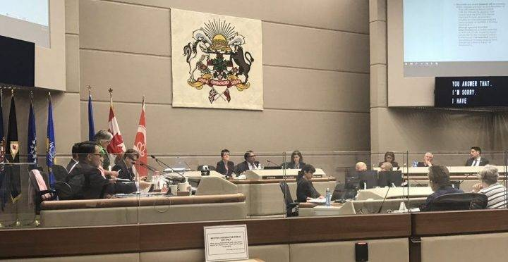 Calgary city council votes to end city employee retirement bonuses