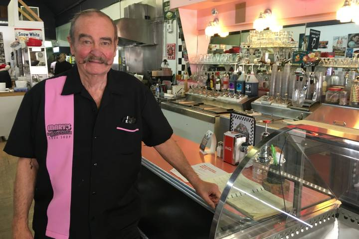 Classic '50s diner near Calgary struggling to stay open