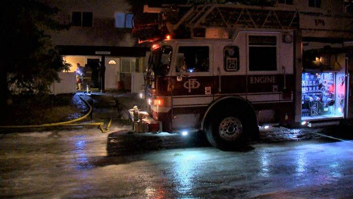 16 residents forced from southeast Calgary apartment building during fire