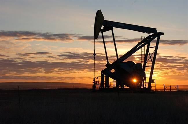 Alberta landowners urge farmers to cut power to wells with unpaid debts