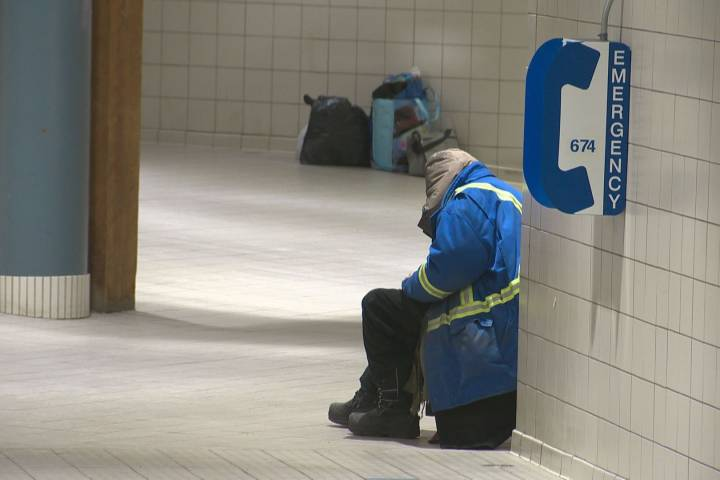 As cold weather snap looms, question of using Edmonton LRT stations as shelter returns