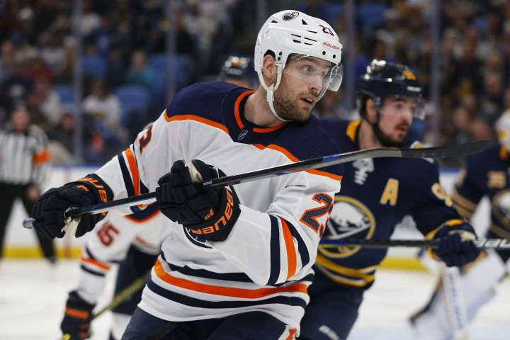 Buffalo Sabres rally to defeat Edmonton Oilers 3-2 in overtime