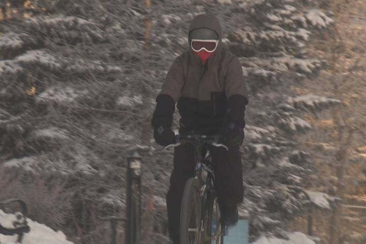 'Don't trash it till you try it': Cycling through Edmonton's cold snap