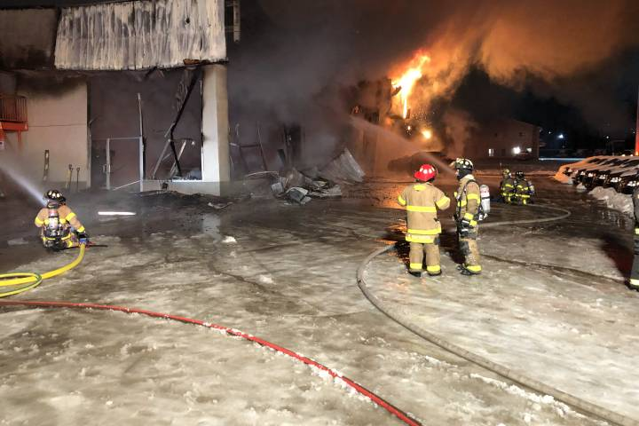 Edson Chrysler Dodge Jeep dealership fire, vehicle fire may be related: RCMP