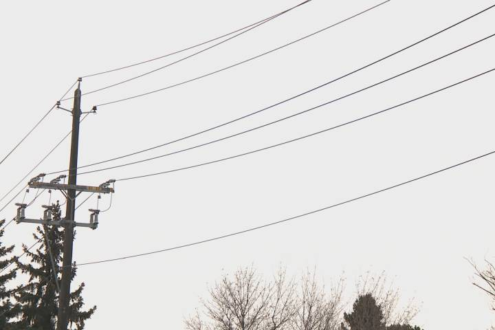 Near-record demand triggers electricity emergency alerts in Alberta Monday night