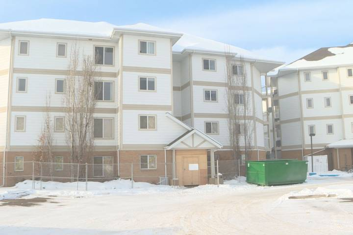 'Structurally unsound': Fort Saskatchewan condo owners may be out of homes for another 6 months