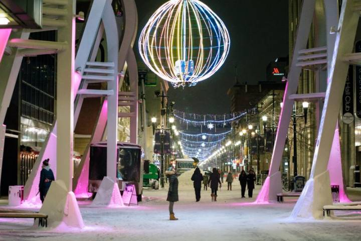 Calgary's Stephen Avenue to light up with 2020 GLOW Winter Festival