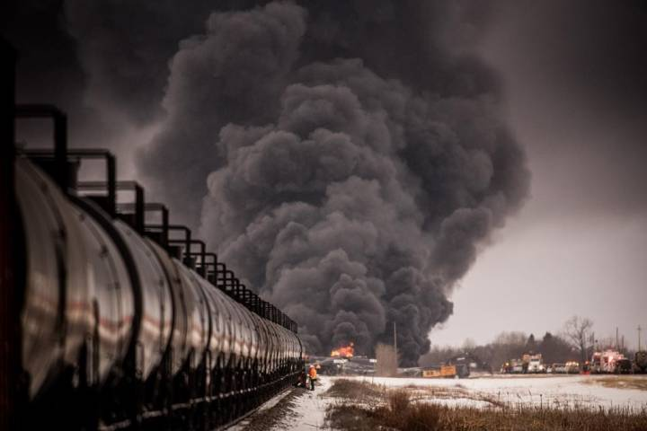 Calls for pipelines after fiery train derailment in Saskatchewan