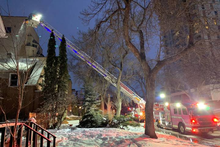 Crews battle two-alarm fire at abandoned home near Alberta Legislature