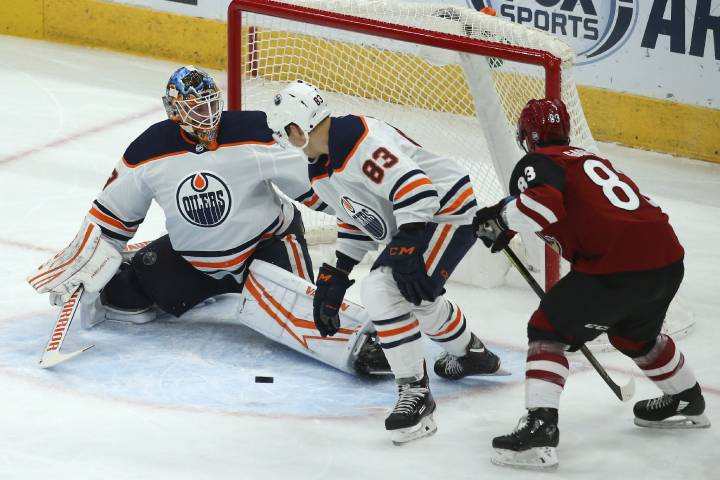 Edmonton Oilers come up dry in Arizona